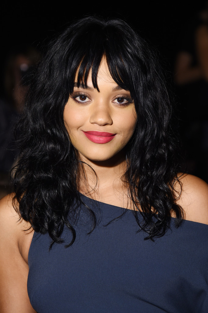 Kiersey Clemons Medium Curls With Bangs Hair Lookbook