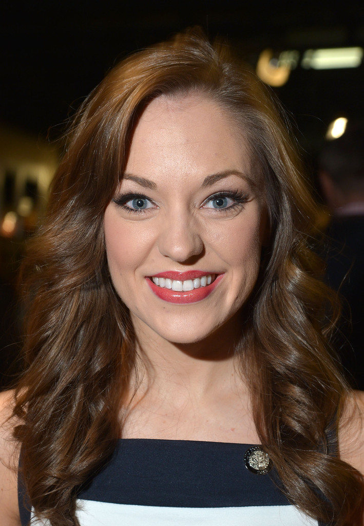 Laura Osnes Long Wavy Cut  Long Hairstyles Lookbook  StyleBistro