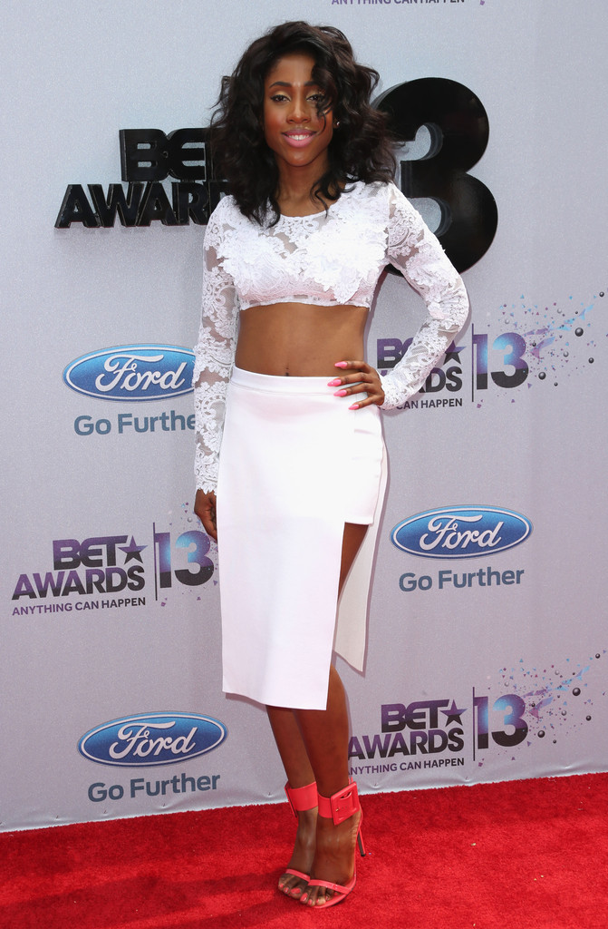 Sevyn Streeter Knee Length Skirt Sevyn Streeter Looks