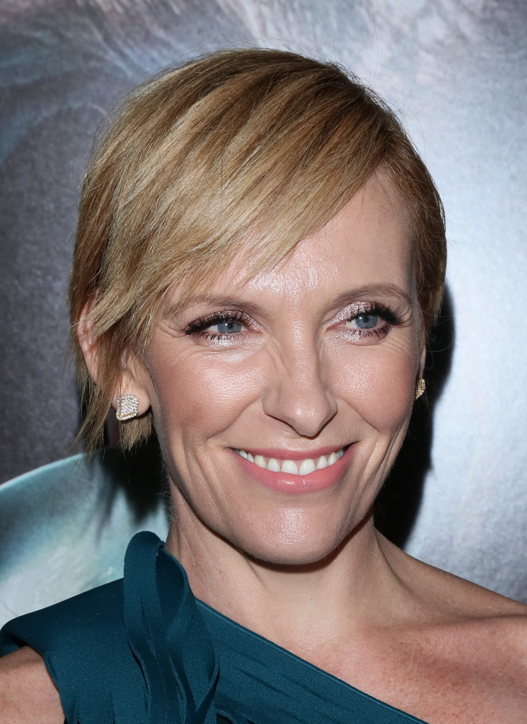 Toni Collette Short Cut With Bangs  Short Cut With Bangs Lookbook  StyleBistro