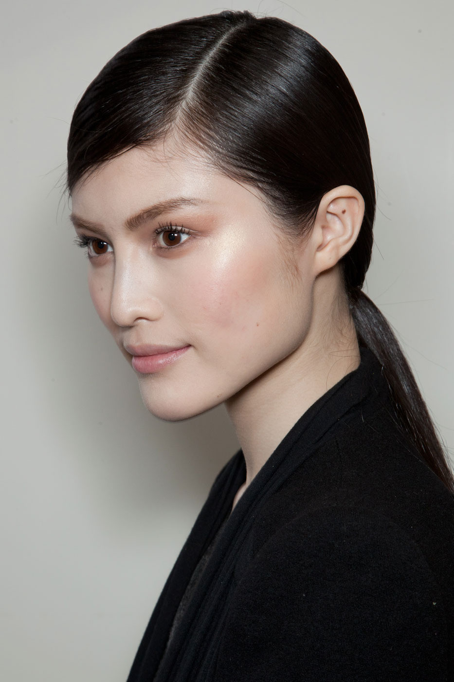 Christian Diors Sleek Parted Ponytail Late Summer
