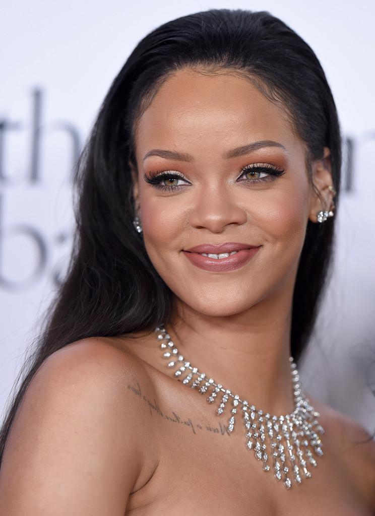 Rihanna Photos Photos Rihannas 2nd Annual Diamond Ball