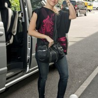 Cross-Body Hobo Bag Overwhelms Shakira's Sidewalk Style in Paris