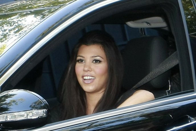 Kourtney Kardashian on Ridin'Girls Blog
