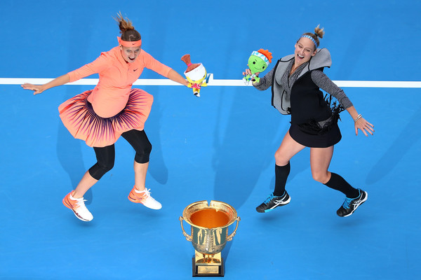 Lucie Safarova and Bethanie Mattek-Sands (click to enlarge)