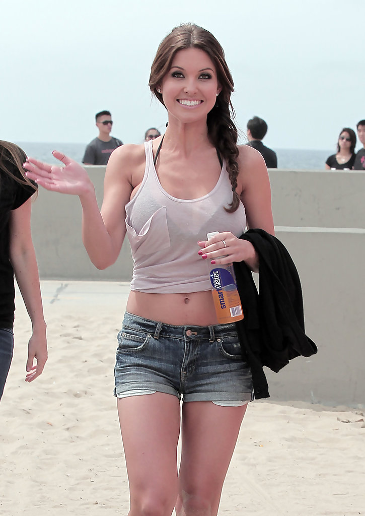 Audrina Patridge Photos Photos  Audrina Patridge Leaves a