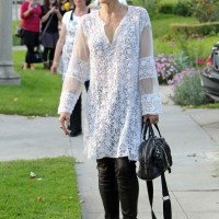 Gwen Stefani dons a Sexy Kurti-Tunic for Easter - Sidewalk/Street Style