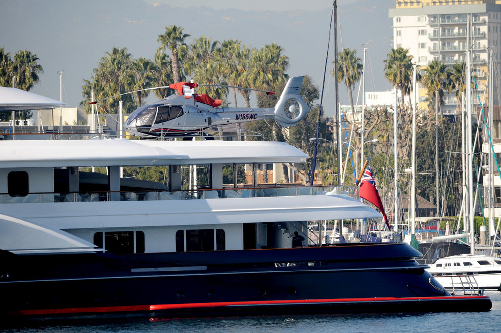 Dennis Washingtons Yacht Zimbio