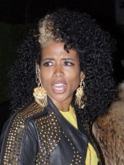 kelis leaving pre-grammys party
