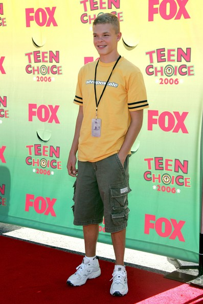 Jason McElwain High school basketball player Jason McElwain arrives at the 8th Annual Teen Choice Awards at the Gibson Amphitheatre on August 20, 2006 in Universal City, California.