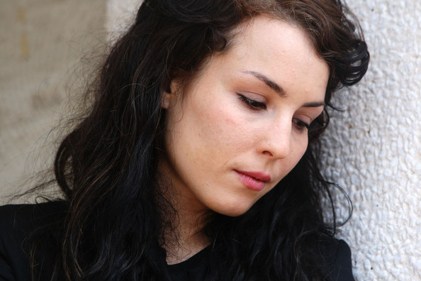 Noomi Rapace Actress Noomi Rapace attends 'The Girl With The Dragon Tattoo'