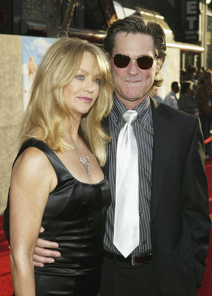Kurt Russell Actress Goldie Hawn and husband actor Kurt Russell attend the film premiere of the romantic comedy 'Raising Helen' on May 26, 2004 at the El Capitan Theatre, in Hollywood, California.