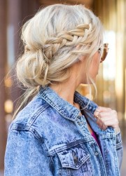 messy bun with side braid - easy