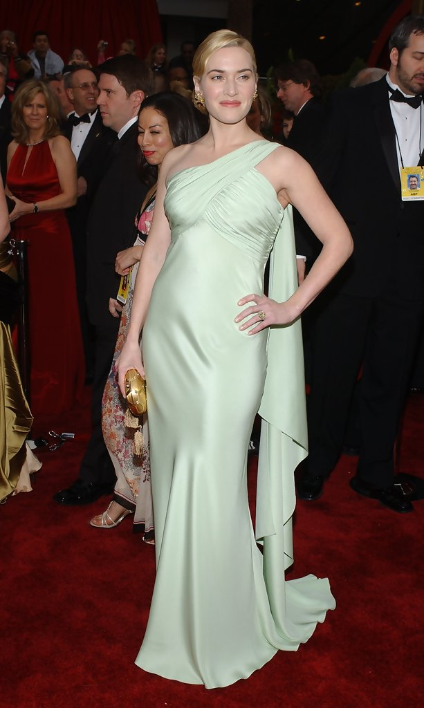 Kate Winslet 2007  The Best Oscar Dresses of All Time  StyleBistro