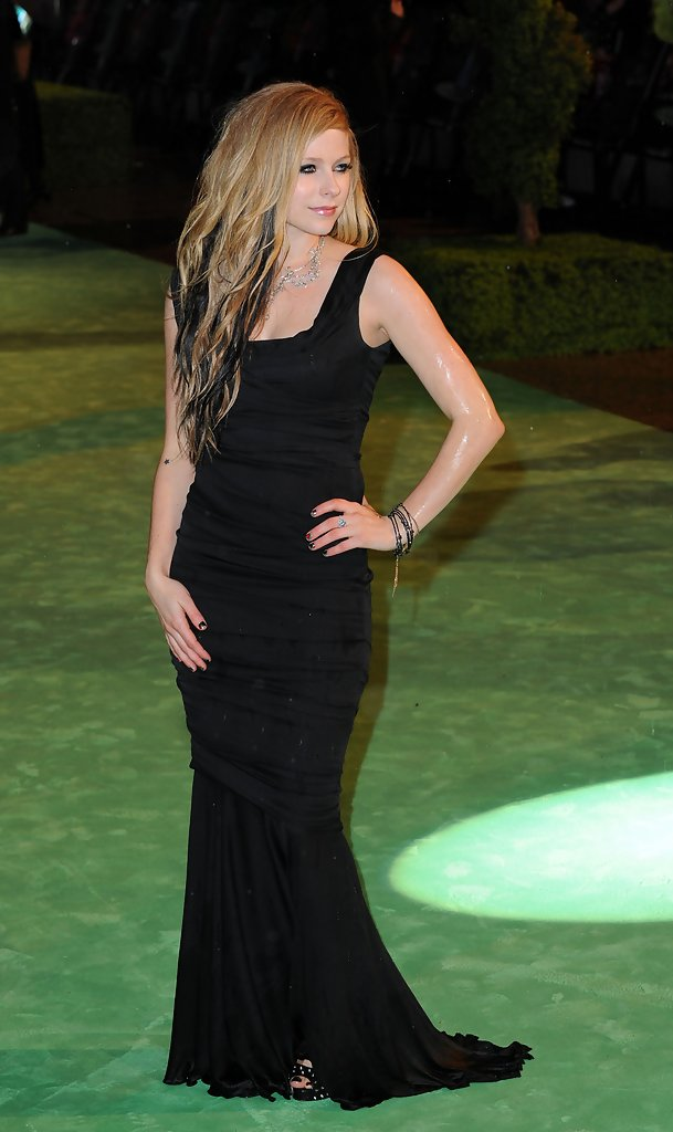 Avril Lavigne Evening Dress  Avril Lavigne Looks