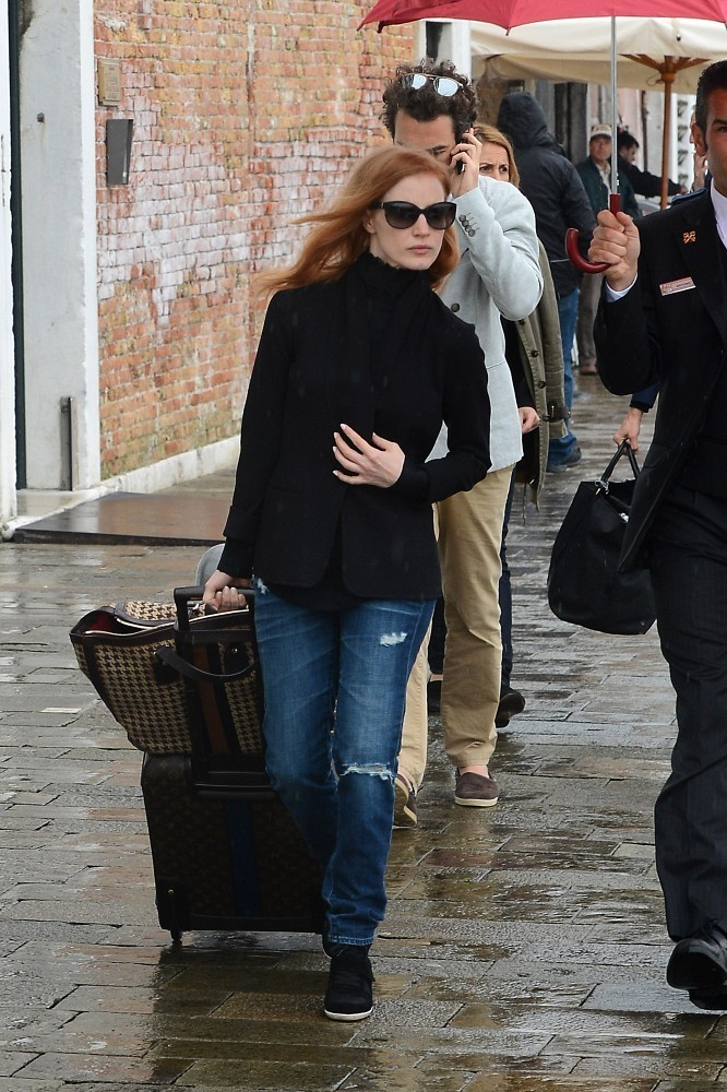Jessica Chastain Ripped Jeans Jessica Chastain Looks