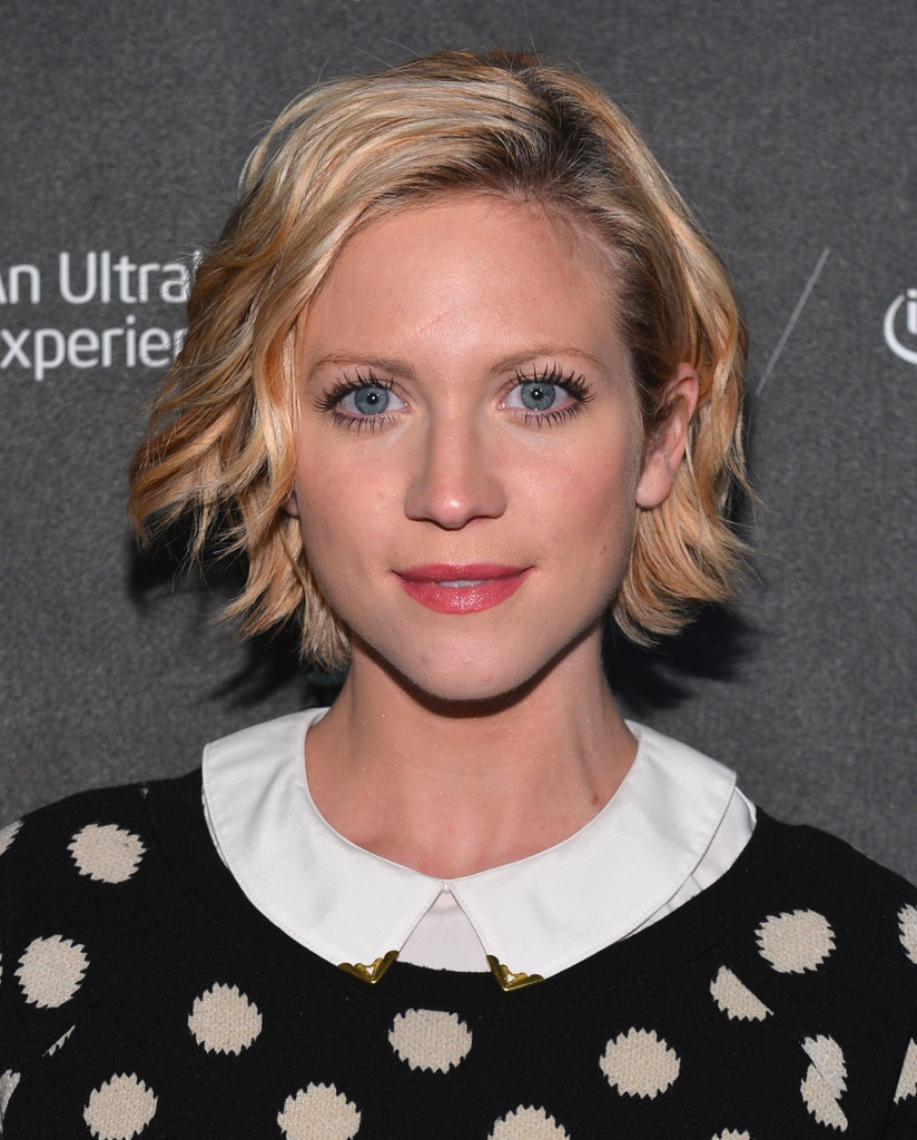 Brittany Snow Short Wavy Cut Short Hairstyles Lookbook
