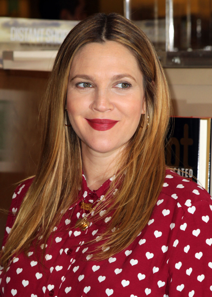 Drew Barrymore Lady In Red Classic Red Lips For Winter
