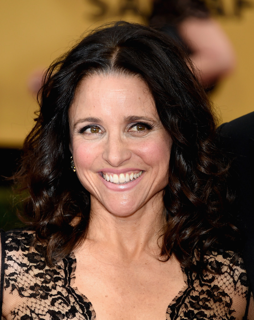 Julia Louis Dreyfus Shoulder Length Hairstyles Julia Louis
