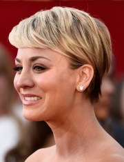kaley cuoco pixie view peter