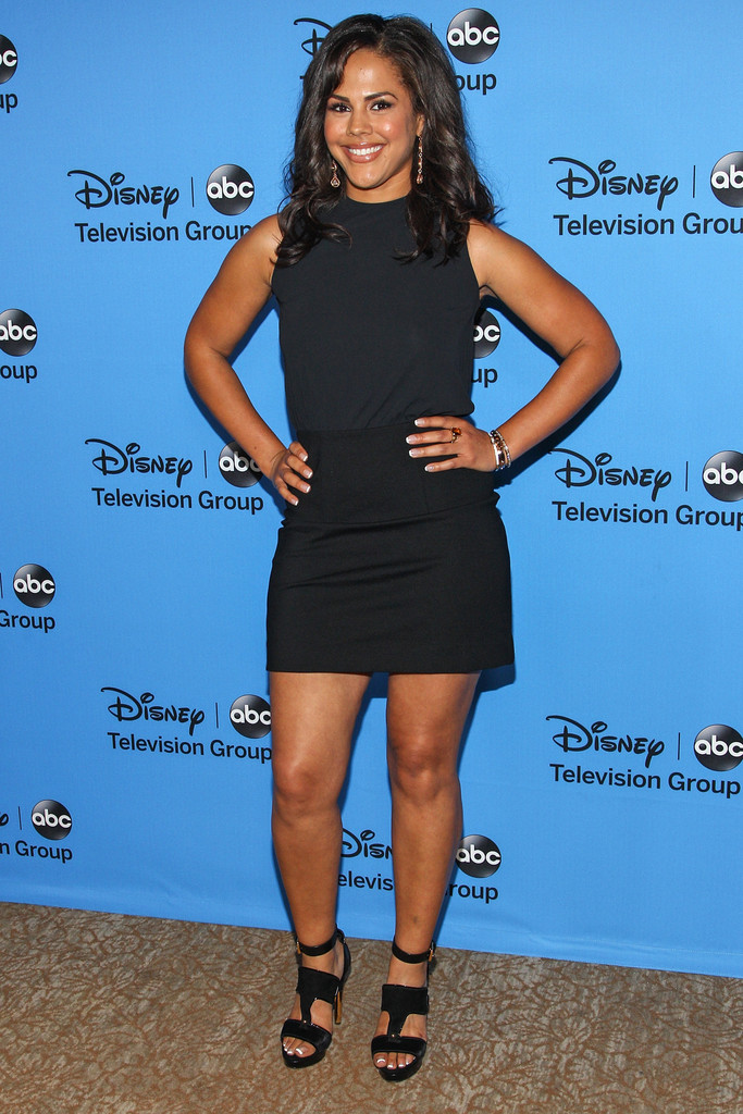 Lenora Crichlow Little Black Dress Lenora Crichlow Looks