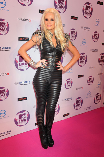 Lauren Bennett  The Best and Worst Dressed at the MTV