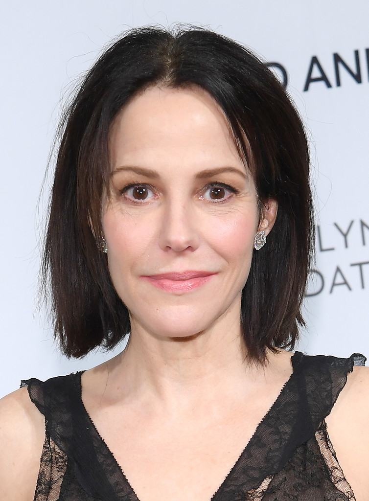 MaryLouise Parker Bob  Short Hairstyles Lookbook