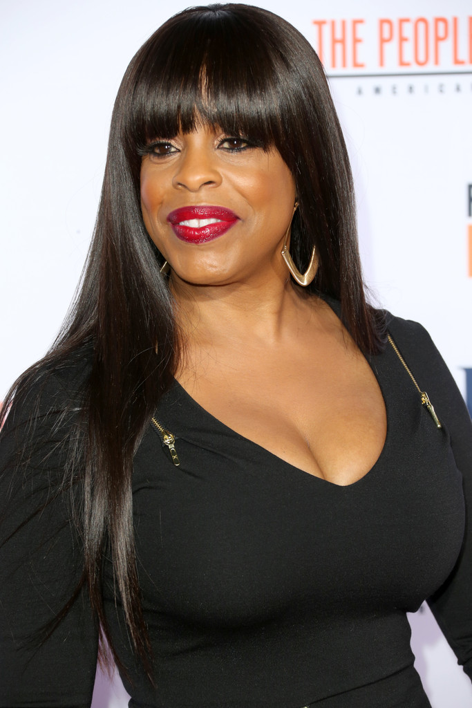 Niecy Nash Long Straight Cut With Bangs Long Straight