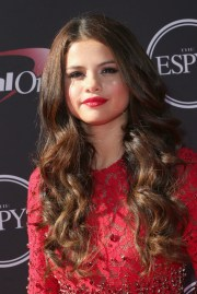 pics of selena gomez long