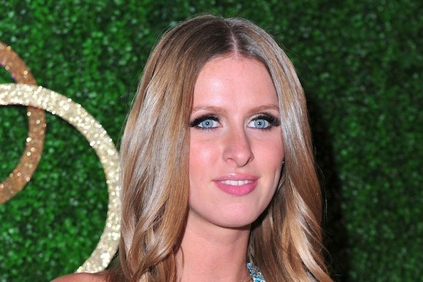 YtzDLsGChyWl How to Nix Wrinkles and Mend Split Ends Like Nicky Hilton