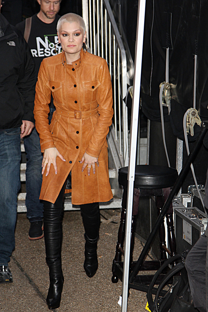 Jessie J Leather Coat Jessie J Clothes Looks StyleBistro
