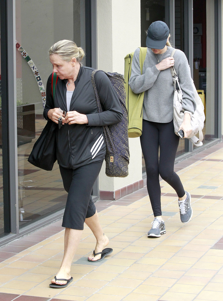 Gerda Theron Photos Photos  Charlize Theron  Her Mom Head To Yoga  Zimbio