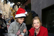 "Actress Melissa Joan Hart (R) attends ABC's ""25 Days Of Christmas"" Celebration at Cucina at Rockerfellar Center on December 7, 2014 in New York City."
