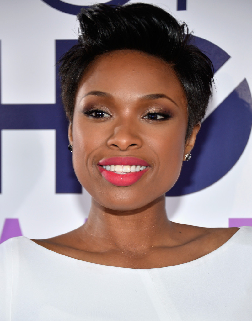 jennifer hudson all white 2014