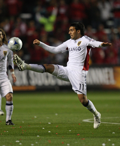 Javier Morales #11 of Real Salt Lake controls the ball against the Chicago Fire during the MLS Eastern Conference Championship at Toyota Park on November 14, 2009 in Bridgeview, Illinois.