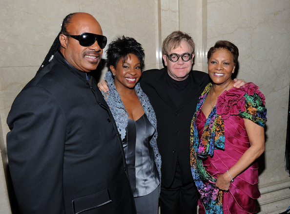 Gladys Knight (L-R) Stevie Wonder, Gladys Knight, Elton John and Dionne Warwick pose backstage the amfAR New York Gala to kick off Fall 2011 Fashion Week at Cipriani Wall Street on February 9, 2011 in New York City.