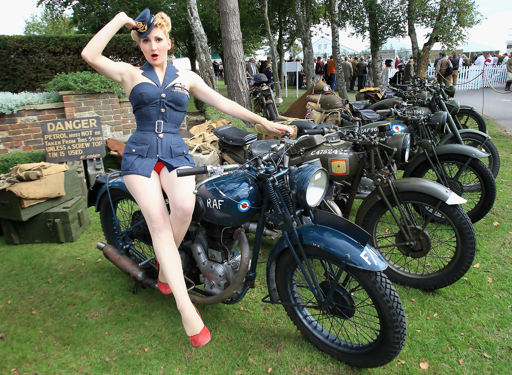 Kitten von Mew Photos Photos  Goodwood Revival 2010  Zimbio