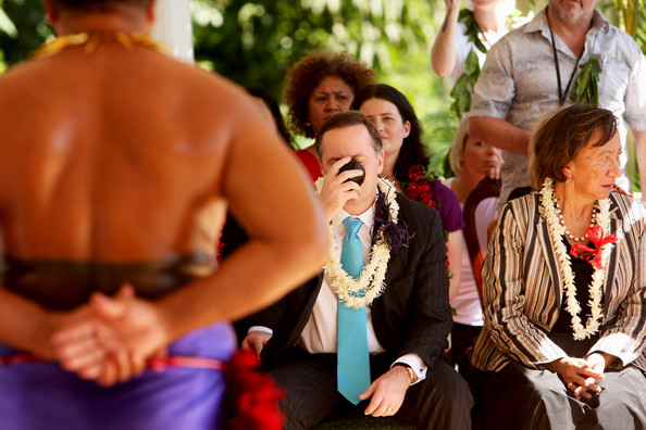 New Zealand Prime Minister John Key (C) drinks Kava as Hon Georgina te Heuheu looks on (R) during a visit to His Highness Head of State Tui Atua Tupua Tamasese Efi, July 7, 2009 in Apia, Samoa. The Prime Minister is on a four day visit to Tonga, Samoa, Niue and the Cook Islands for the first time in his role as Prime Minister of New Zealand.