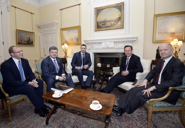 Petro Poroshenko (L-R) Andriy Shevchenko, Petro Poroshenko, Leader of the Ukrainian Democratic Alliance for Reform party (UDAR) Vitaly Klitschko, British Prime Minister David Cameron and British Foreign Secretary William Hague meet in 10 Downing Street on March 26, 2014 in London, England. Mr Cameron and Mr Klitschko held a meeting in 10 Downing Street to discuss the latest developments in the Ukraine and Crimea ahead of the presidential elections which will be held in the next couple of months.
