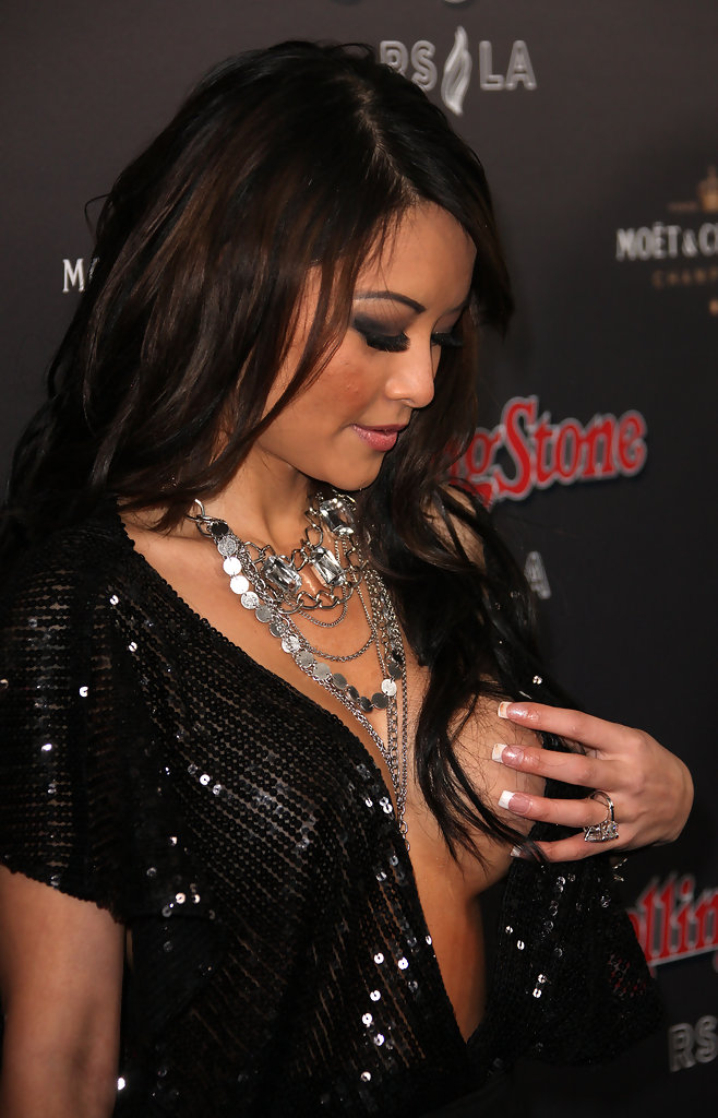 Tia Tequila in Rolling Stone 2010 American Music Awards