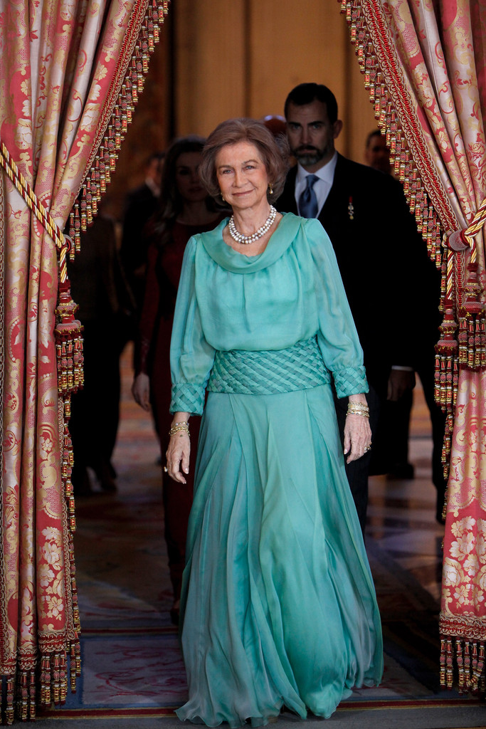 Are you a victoria, or maybe a james? Queen Sofia - Queen Sofia Photos - Spanish Royals Receive