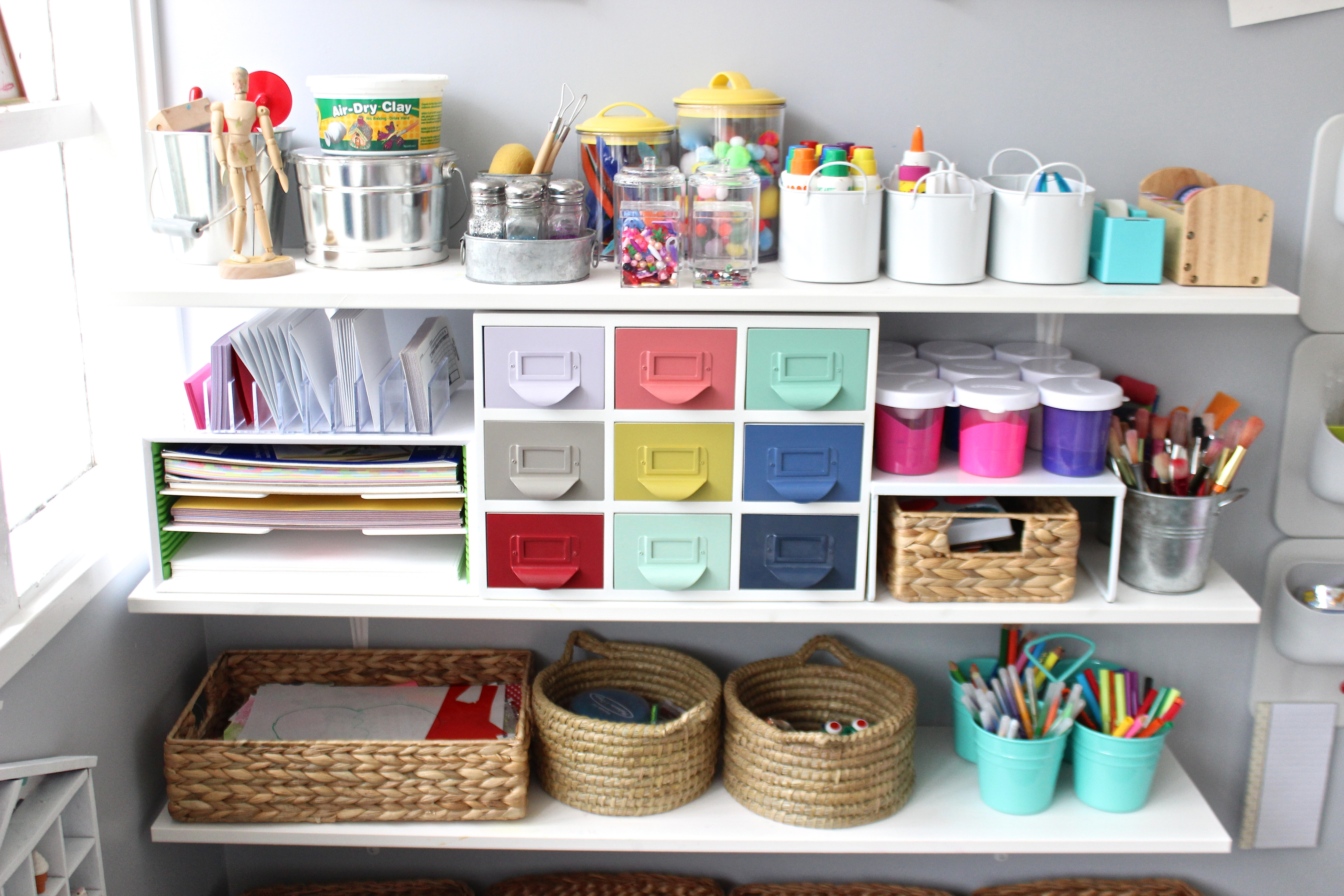 10 Tips on How to Create a Fun. Yet Stylish. Art Space for Kids - Decorating - Lonny