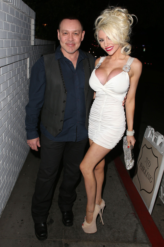 Courtney Stodden Photos Photos Courtney Stodden And Her