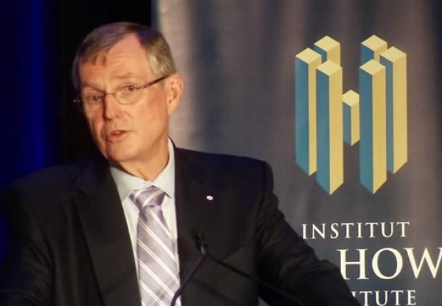 L'économiste Ed Clark. François Pierre Dufault