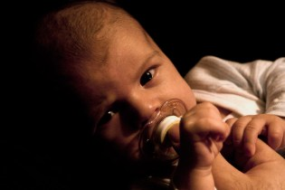 Cold symptoms in a baby can be hard, especially a stuffy nose making it hard to eat & sleep properly