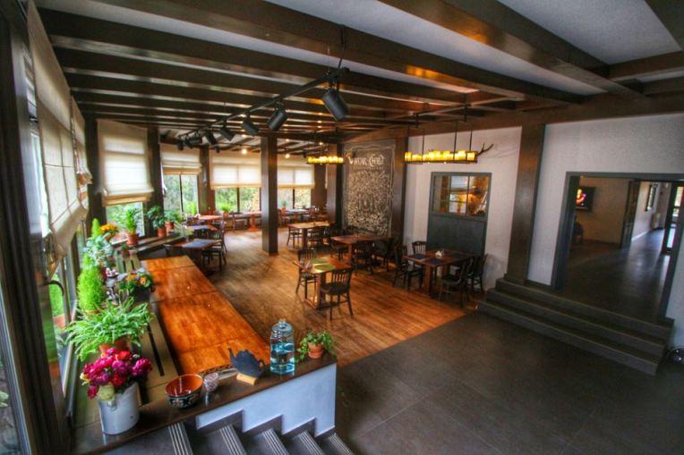 Restaurantul cosy de la Hadar