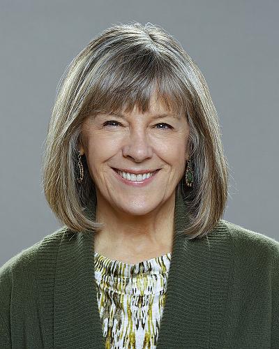 mom tv show cast