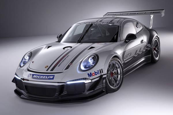 Nuova Porsche 911 GT3 Cup versione 'racing' della GT3
