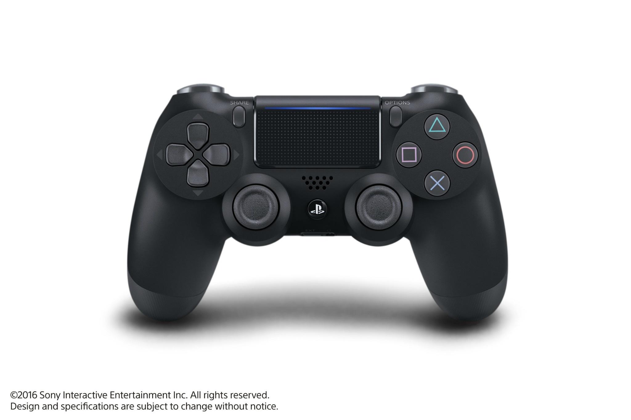 香港推出「PlayStation 4 三月出機優惠」活動,買 PS4 主機送 DS4 控制器與指定游戲