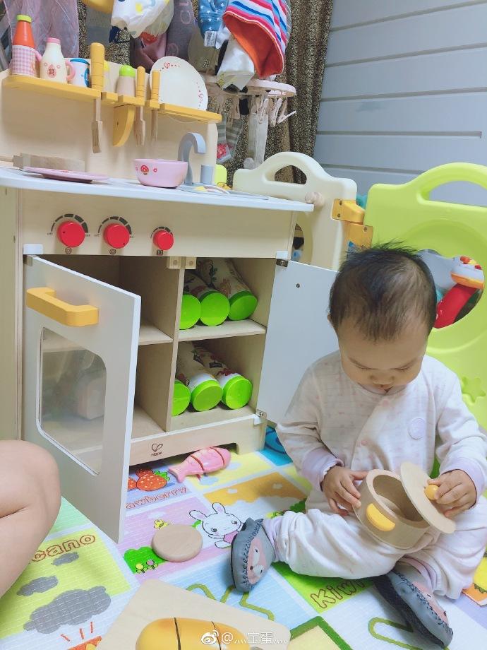 hape play kitchen cupboards for sale 这个厨房玩具真是百玩不腻啊 hape源自德国 来自灬宝蛋灬 微博 hape玩厨房